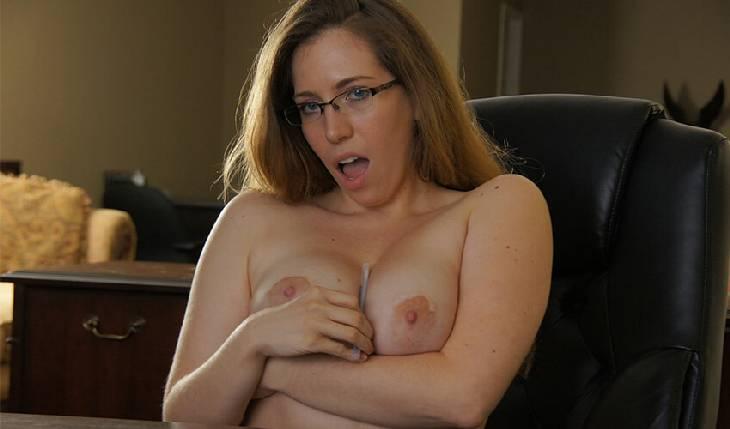 Deuchte Sexcams und verführerische Nacktstrip Livesex Frauen